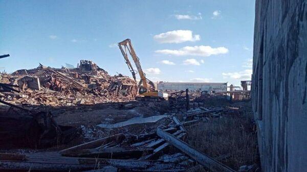 Очистка пропитанной ядами промплощадки в Усолье-Сибирском