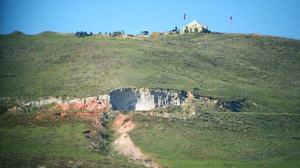 Наблюдательный пункт российских пограничников из военной базы в Гюмри в районе города Горис на юге Армении