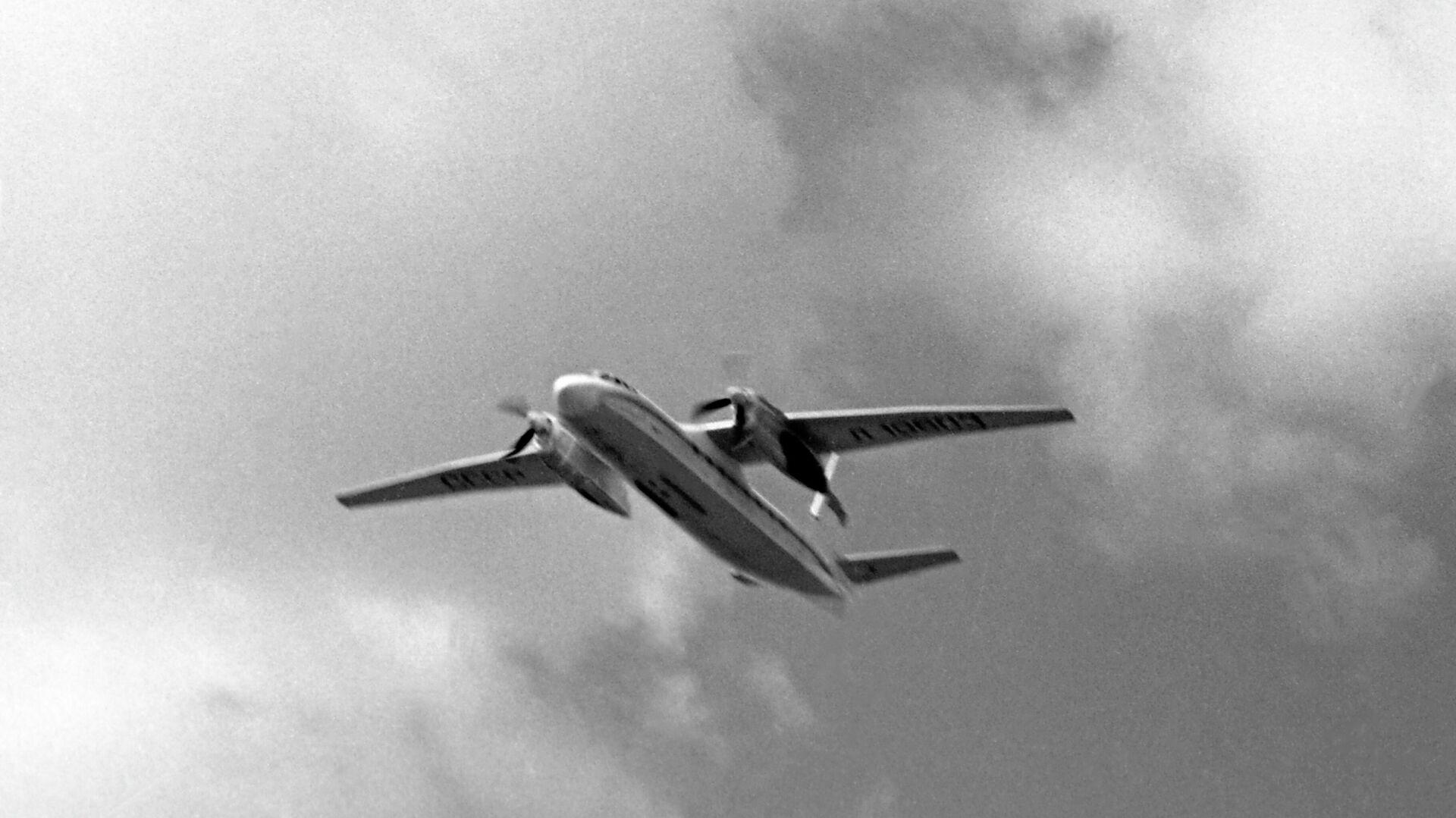 Советский самолет АН-24  - РИА Новости, 1920, 21.01.2021