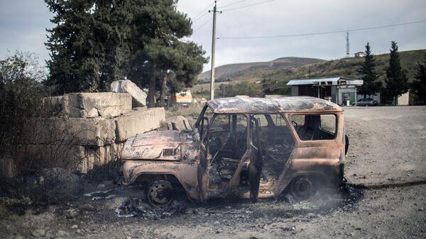 Последствия обстрела города Мартуни в Нагорном Карабахе