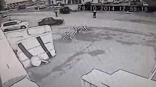 Авария с участием машины из кортежа Юнус-Бека Евкурова. 26 октября 2014. Стоп-кадр видео