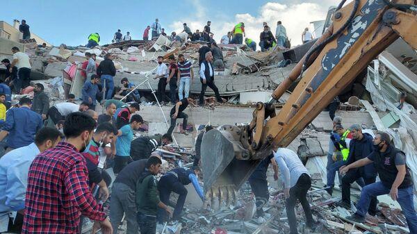 Последствия землетрясения в Измире, Турция