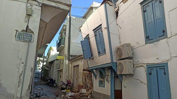 Последствия землетрясения на острове Самос в Греции