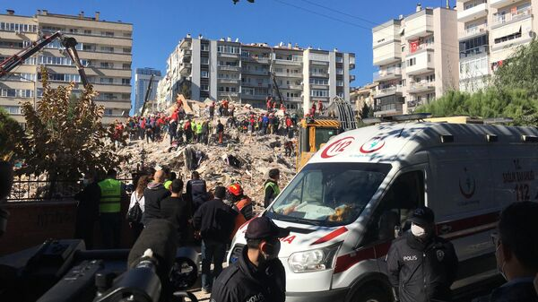 Ликвидация последствий землетрясения в Измире, Турция
