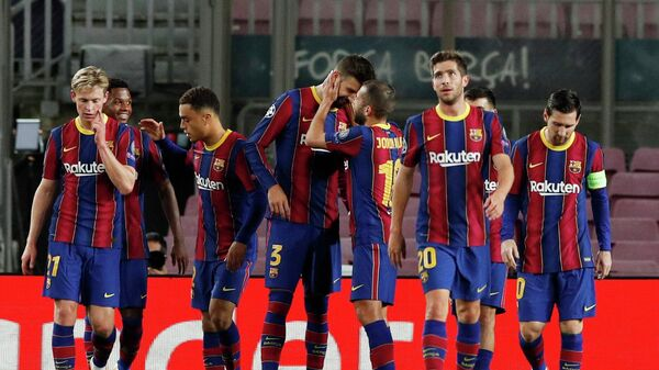 Футболисты Барселоны в матче Лиги Чемпионов