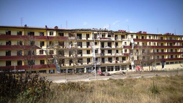Дом, пострадавший  в результате обстрела города Шуша