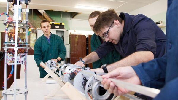 Сборка модели ракеты для участия в международных студенческих соревнованиях C`Space на площадке СКБ RocketLAV