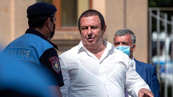 Лидер оппозиционной парламентской фракции Процветающая Армения бизнесмен Гагик Царукян
