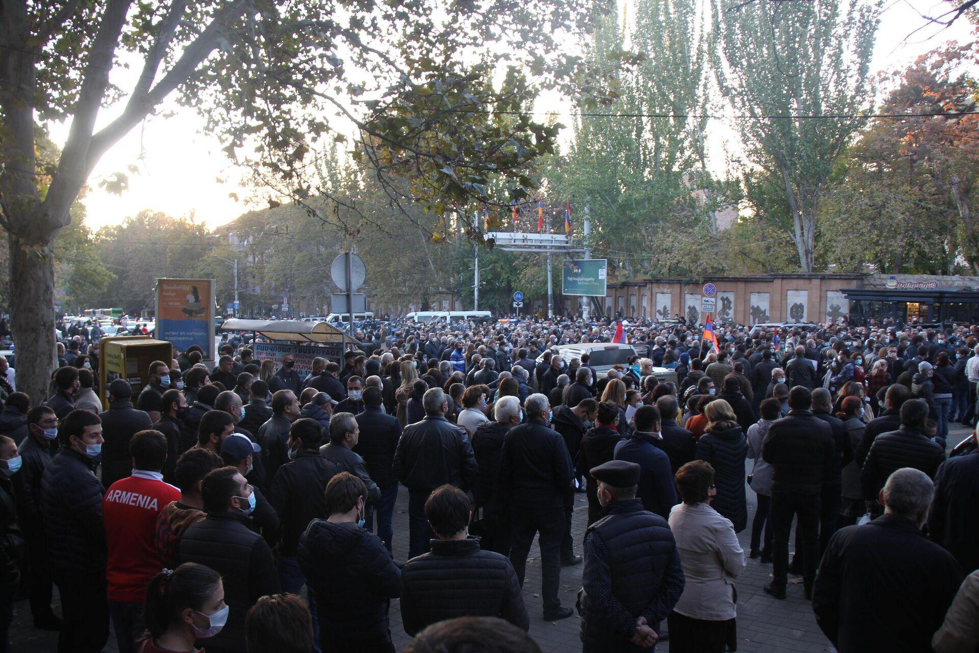 Антиправительственные митинги в Ереване - РИА Новости, 1920, 12.11.2020