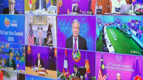Участники 15-го Восточноазиатского саммита в режиме видеоконференции
