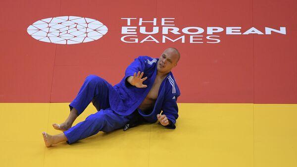 Хенк Грол (Нидерланды) после поединка за бронзовую медаль против Лукаша Крпалека (Чехия) на соревнованиях по дзюдо среди мужчин в весовой категории свыше 100 кг на II Европейских играх в Минске.