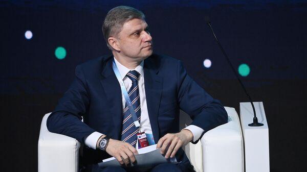 Генеральный директор, председатель правления ОАО РЖД Олег Белозеров