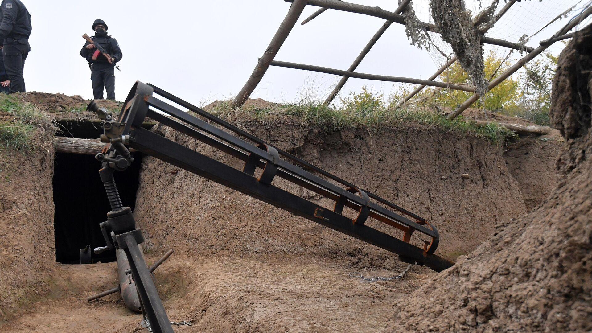 Кустарная пусковая установка для снарядов, оставленная в Физулинском районе Азербайджана - РИА Новости, 1920, 24.06.2021