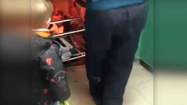 Лифт сорвался вниз вместе с пенсионеркой в Курской области