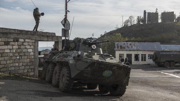 Российский миротворец в городе Лачин (Бердзор) в Нагорном Карабахе