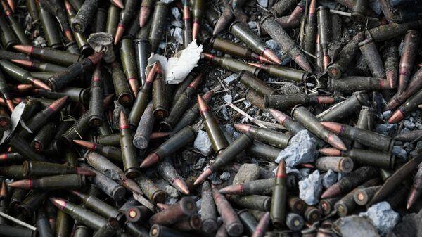 Боеприпасы, найденные во время разминирования местности в районах Нагорного Карабаха и подготовленные к уничтожению