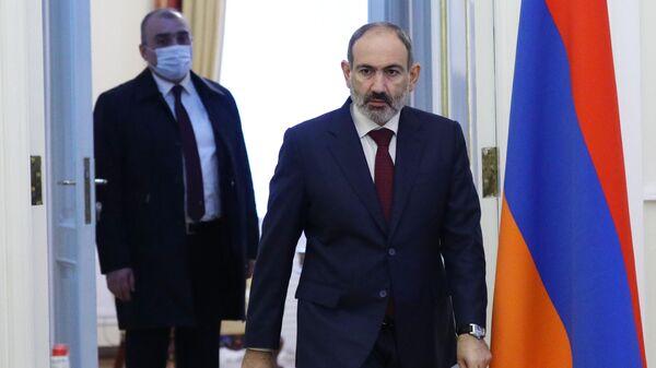 Премьер-министр Армении Никол Пашинян перед началом встречи делегации РФ с властями Армении в Ереване