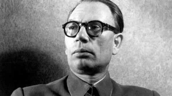 Главнокомандующий Русской освободительной армией генерал Андрей Власов
