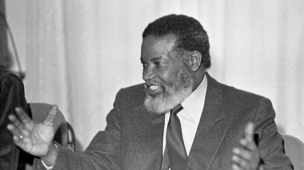 Первый президент Намибии Сэм Нуйома
