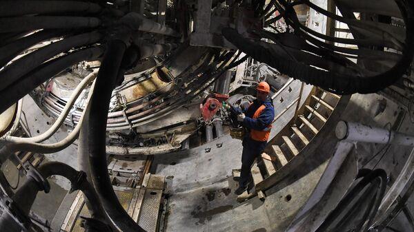 Запуск тоннелепроходческого щита от станции Мневники до Кунцевской