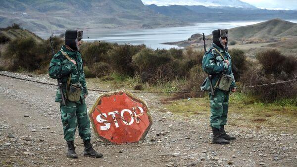 Военнослужащие пограничных войск Азербайджана на границе с Ираном в Джебраильском районе