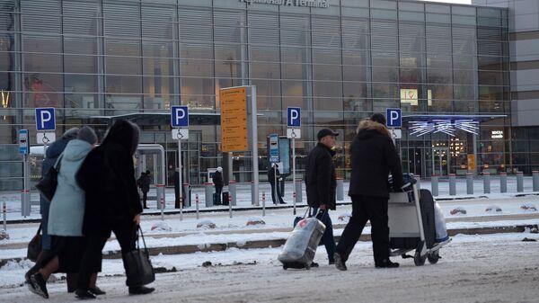Вид на международный аэропорт Кольцово в Екатеринбурге