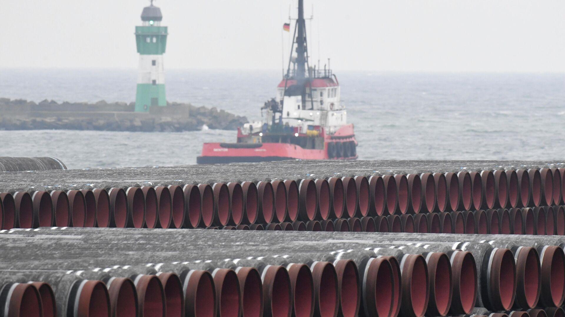 Трубы для строительства газопровода Nord Stream 2 в порту Мукран, Германия - РИА Новости, 1920, 11.12.2020