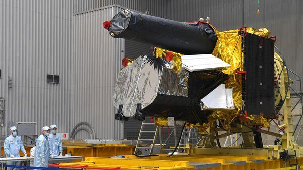 Телескоп Спектр-РГ перед отправкой на Байконур