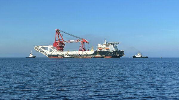 Трубоукладочное судно Фортуна