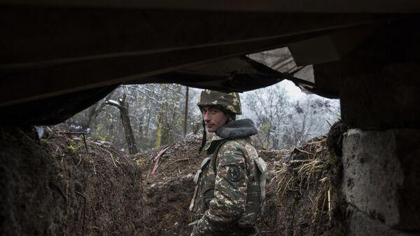 Военнослужащий армии обороны непризнанной Нагорно-Карабахской республики