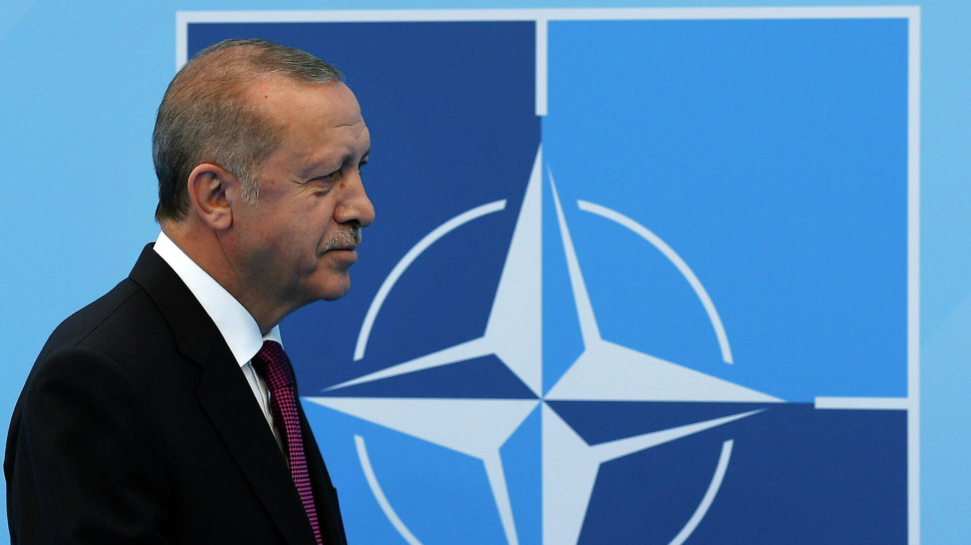 Президент Турции Реджеп Тайип Эрдоган на саммите НАТО в Брюсселе - РИА Новости, 1920, 27.09.2021