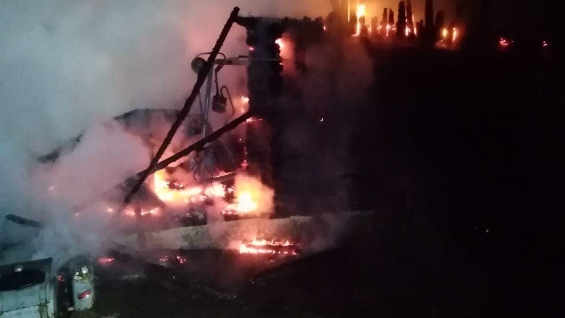 Пожар в доме престарелых в Абзелиловском районе Башкирии - РИА Новости, 1920, 15.12.2020
