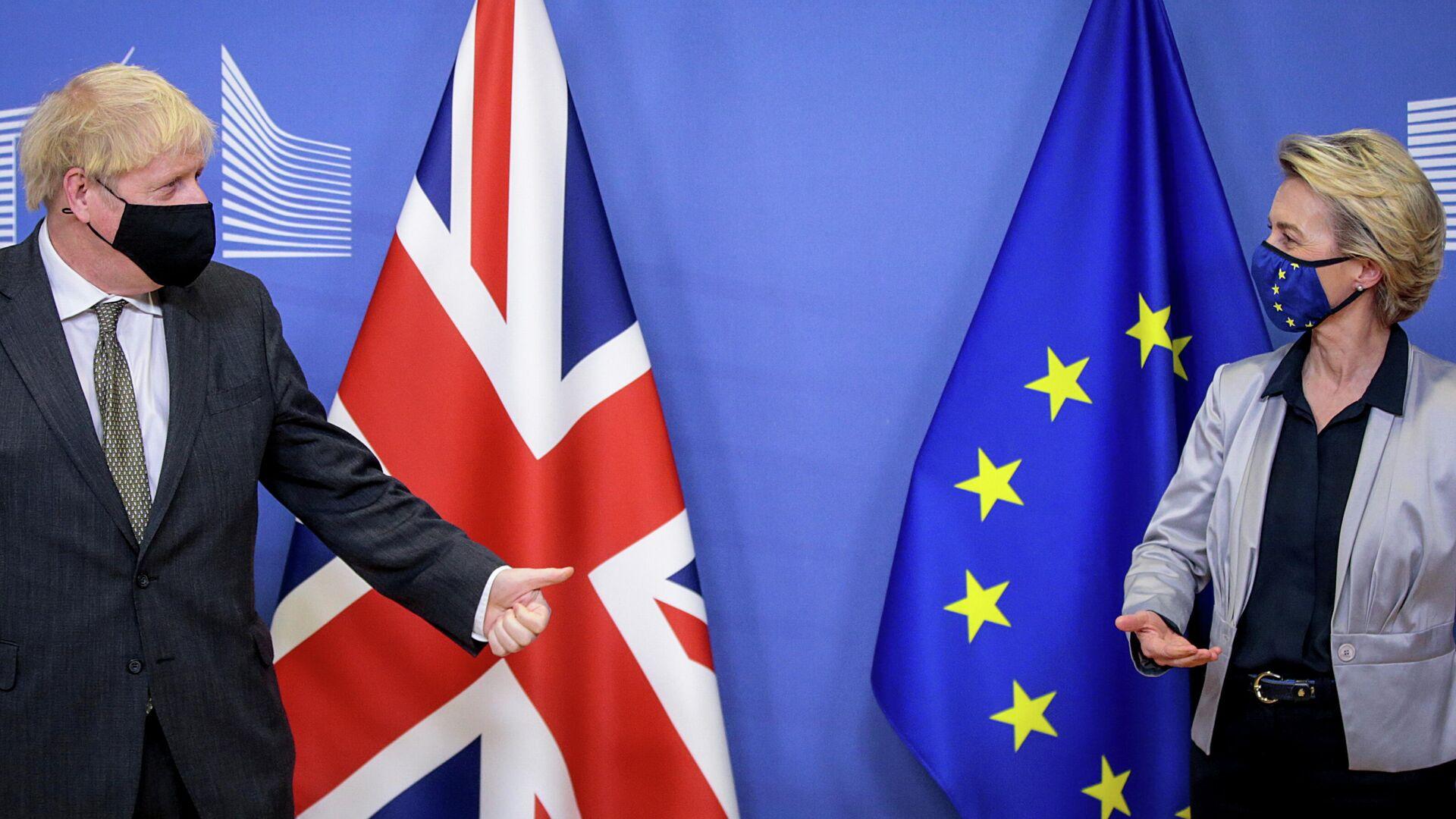 Президент Европейской комиссии Урсула фон дер Ляйен и премьер-министра Великобритании Борис Джонсон во время встречи в Брюсселе. 9 декабря 2020 - РИА Новости, 1920, 03.01.2021