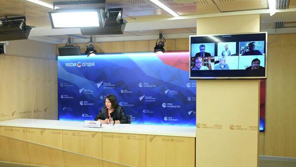 Эксперты ЭИСИ во время онлайн-конференции в МИА Россия сегодня, посвященной итогам года