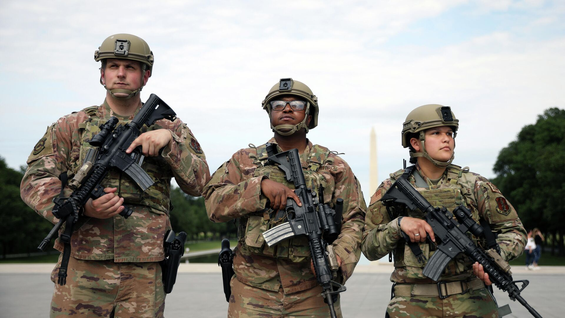 Американские военные и сотрудники Национальной гвардии во время протестов в Вашингтоне, США - РИА Новости, 1920, 16.09.2021