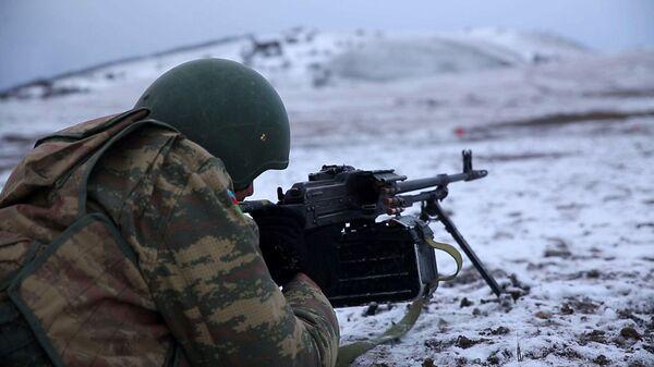 Азербайджанский военнослужащий