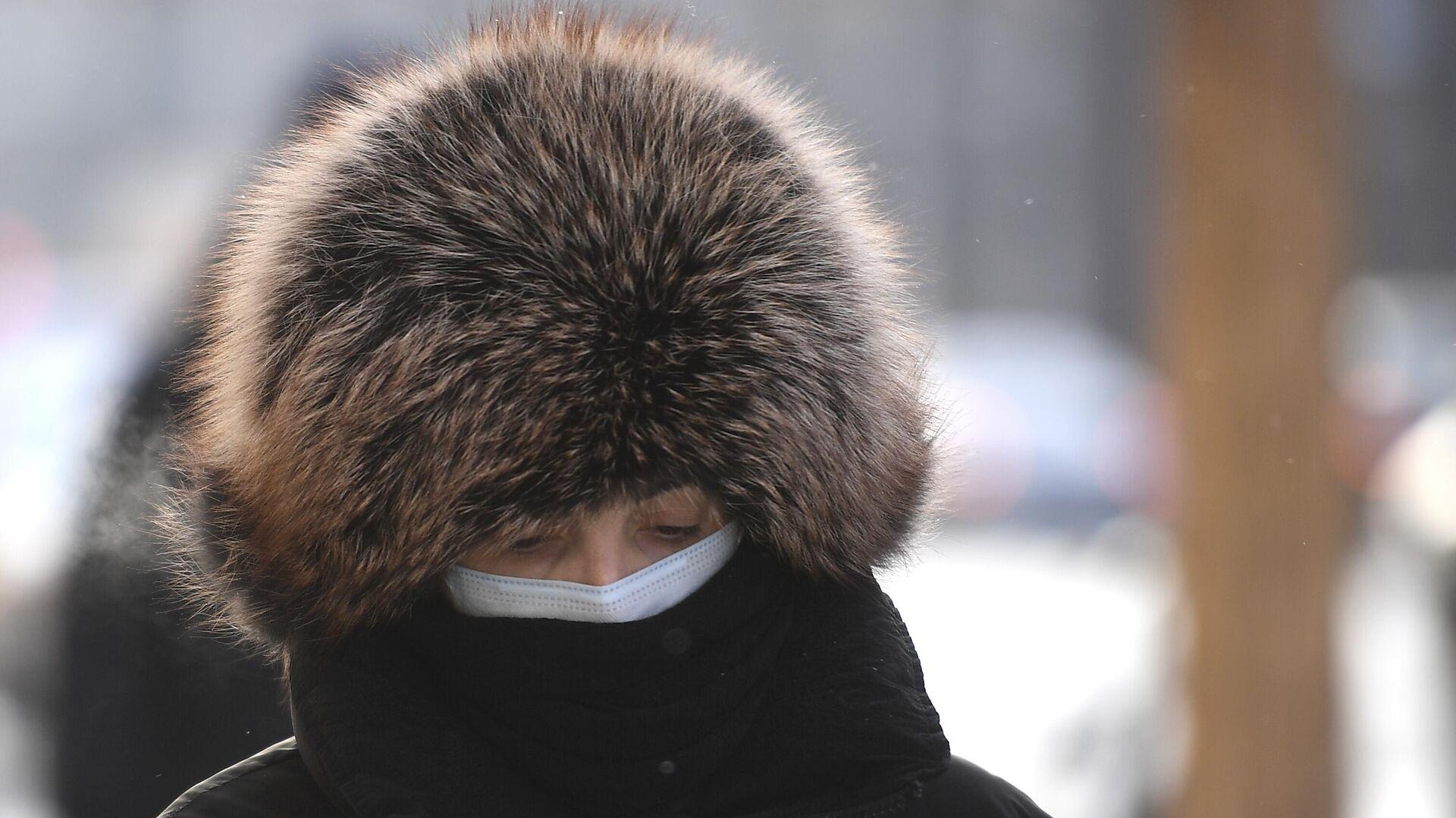 Женщина на одной из улиц в центре Москвы - РИА Новости, 1920, 18.01.2021