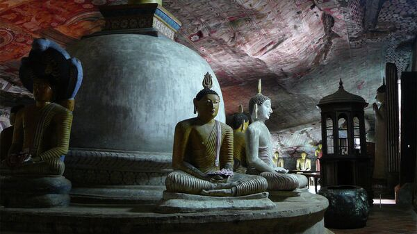 Королевский пещерный храм Дамбулла