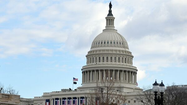 Здание Капитолия в Вашингтоне перед началом инаугурации избранного президента США Джо Байдена