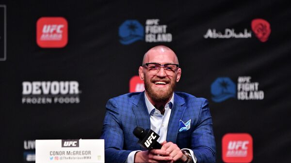 Ирландский боец смешанных единоборств (UFC) Конор Макгрегор на пресс-конференции