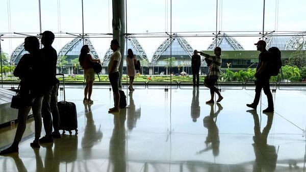 В международном аэропорту Суварнабхуми в Бангкоке