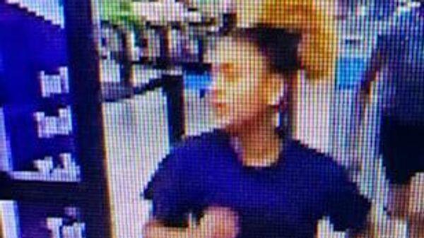 Участница конфликта подростков в торговом центре Walmart в штате Луизиана