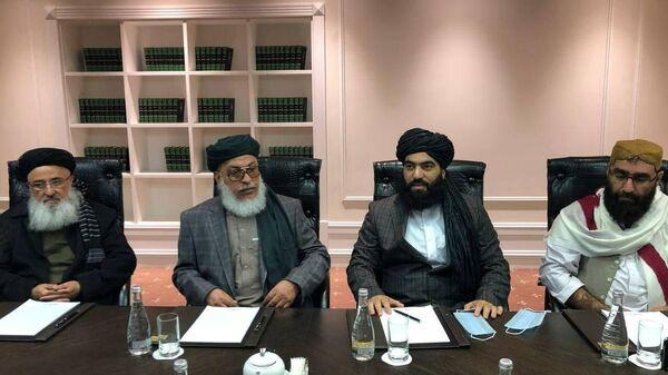Представители талибов на переговорах в Москве
