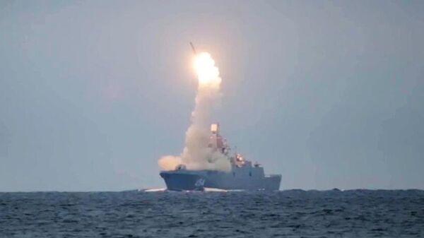 Запуск гиперзвуковой ракеты Циркон с фрегата Адмирал Горшков