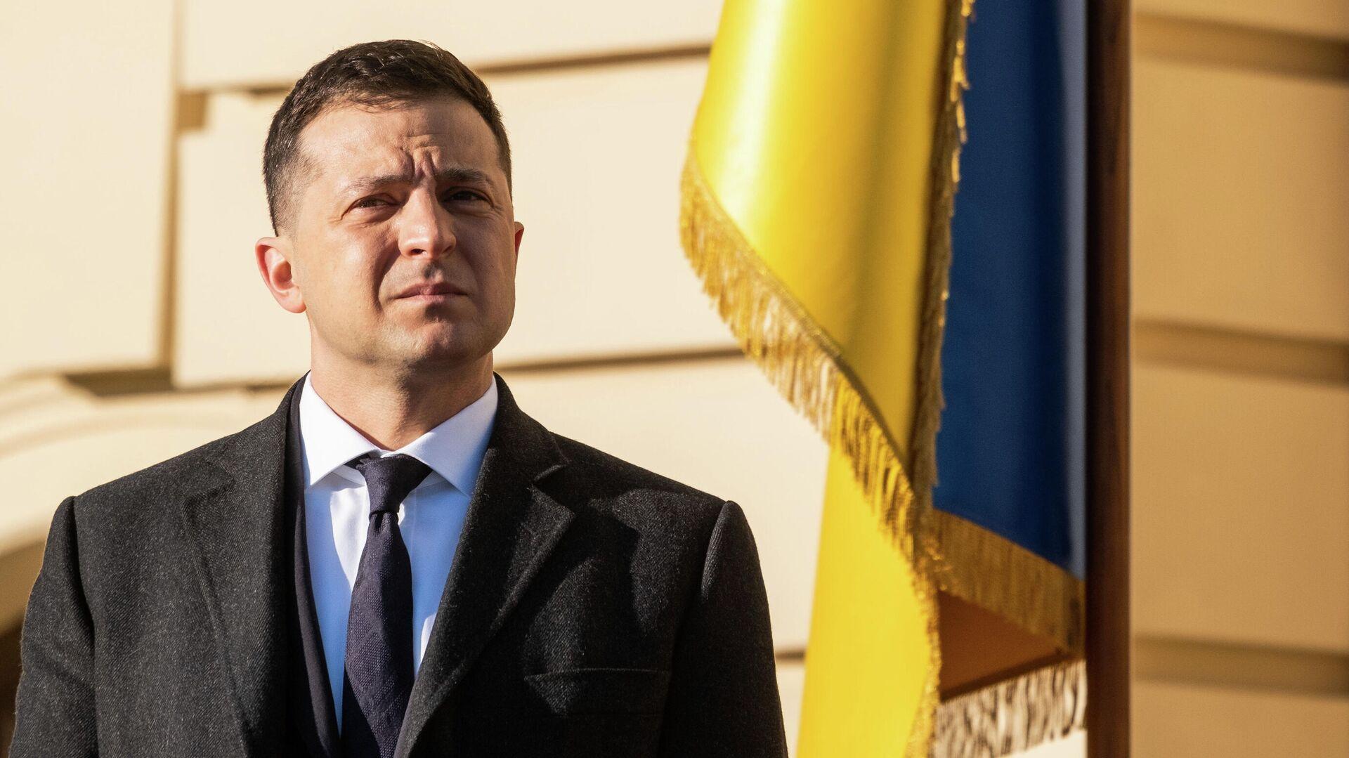 """Политолог не исключил импичмента Зеленскому из-за """"досье Пандоры"""""""
