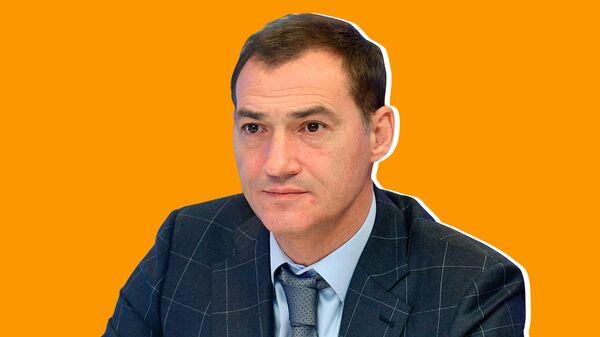 LIVE. Роман Бабаян о задержанных в спецприемниках и блокировке соцсетей
