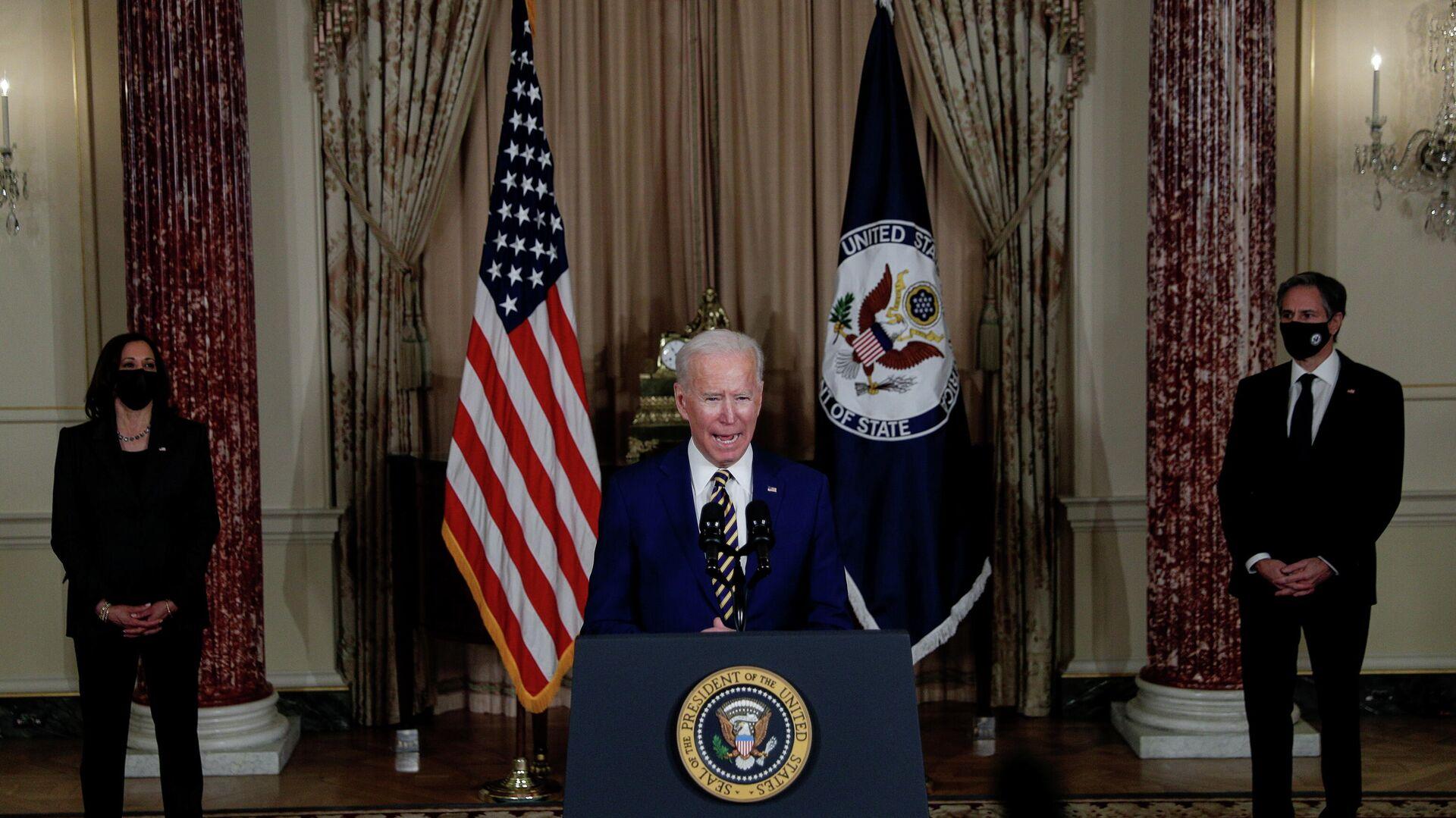 Президент США Джо Байден выступает с программной речью по вопросам внешней политики в Государственном департамент в Вашингтоне - РИА Новости, 1920, 05.02.2021