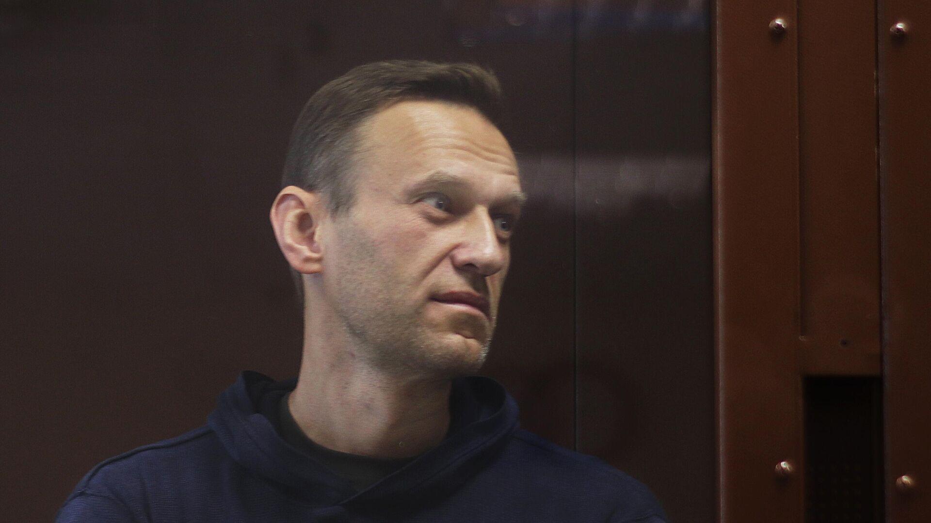 Алексей Навальный в зале Бабушкинского районного суда - РИА Новости, 1920, 08.02.2021