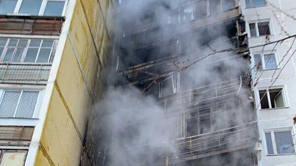 Последствия пожара в жилом доме в поселке Мосрентген в Новой Москве