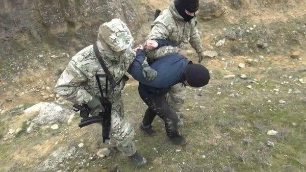 Задержаны подозреваемые в подготовке теракта в Дагестане. Кадры ФСБ
